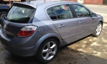 Usi Opel Astra 2006