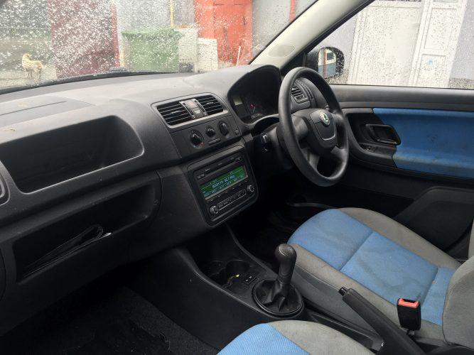 Navigatie mp3 cd player mercedes mf2830